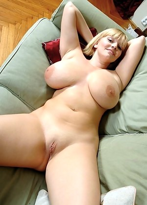 Chubby Big Tits Porn Pictures