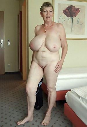 Nice Big Tits Granny - Big Tit Granny Porn Pics