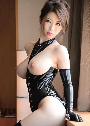 Porno latex big tits